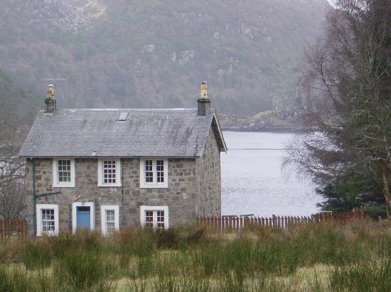 Eilean Shona House and Cottages: Tiorum Cottage