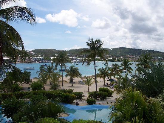 Hotel on the Cay: Daytime view from our balacony
