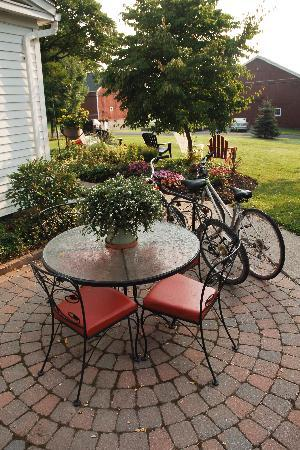 Springdale Farm Bed & Breakfast: Close to Biking trails