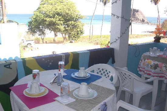 Joab's House: Surely best breakfast location on the island!