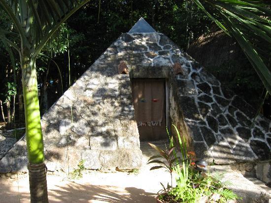 La Selva Mariposa: The Steam Bath