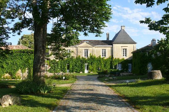 entrance foto di chateau fleur de roques puisseguin tripadvisor. Black Bedroom Furniture Sets. Home Design Ideas