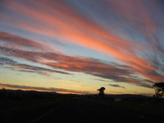 Halls Gap, Australia: On the way to the Grampians... nice sky!