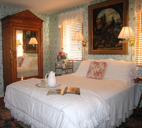 The Bed & Breakfast Inn at La Jolla: Peacock Salon Guestroom
