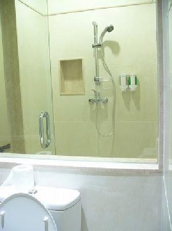 ทานายา เบด&เบรคฟาสต์: Delux-シャワー・トイレ・洗面台が全部独立している