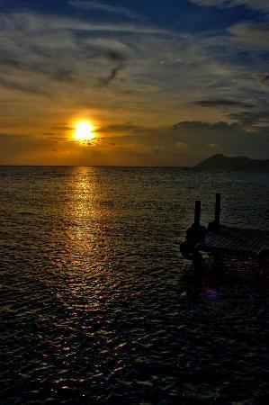 Sunset at Pom Pom