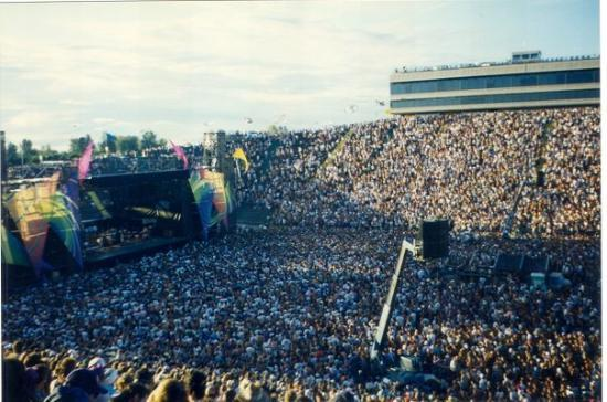 Eugene, OR: Grateful Dead Autzen 1993