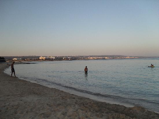 Dome Beach Hotel & Resort PAI: the beach
