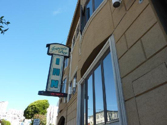 Francisco Bay Inn: Fachada del hotel
