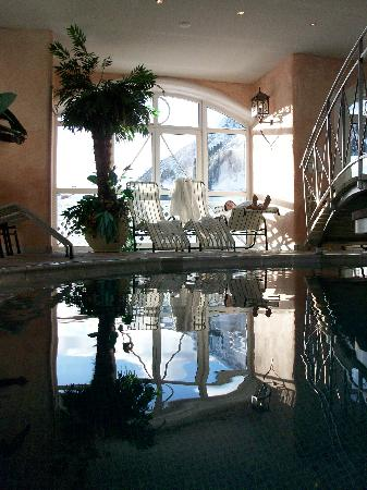 Hotel Cinderella: Part of the indoor pool
