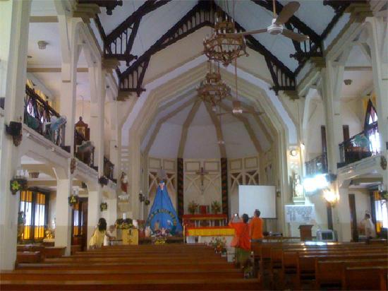 Manila, Filipinas: interior St. Paul's Chapel