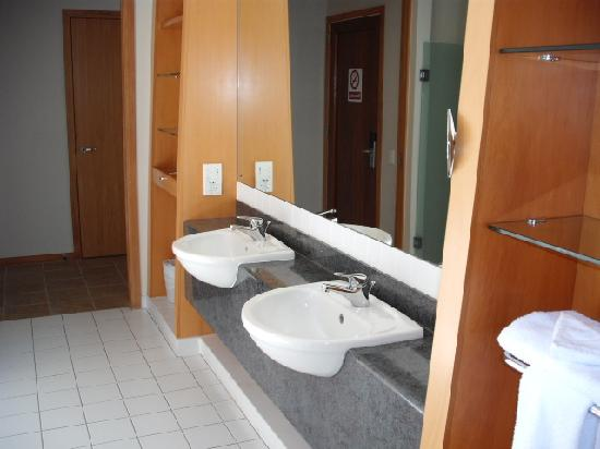 Formosa Golf Resort: Bathroom