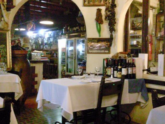 Santa Brigida, Spanien: Das Restaurant . Innenansicht