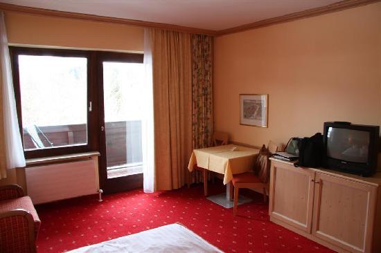Hotel Sonnalp: Room Image #2