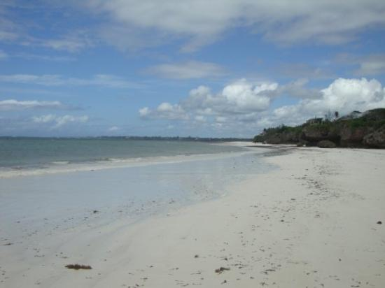 Kilifi, Kenya: Pure beach - no people