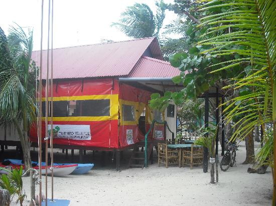 Little Corn Beach and Bungalow: Turned Turtle Restaurant (Outside)