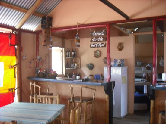 Little Corn Beach and Bungalow: Turned Turtle Restaurant (Inside)