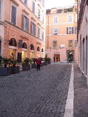 Intown Luxury House : rue de l'hôtel