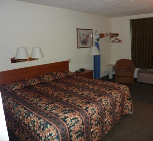 Super 8 Stamford/New York City Area: La cama