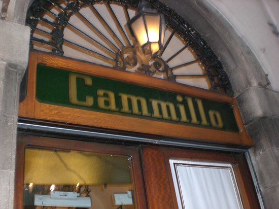 Cammillo Trattoria: the front door