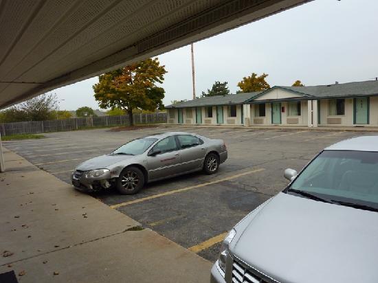 Motel 6 Kalamazoo: Exterior 1