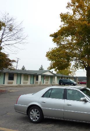 Motel 6 Kalamazoo: Exterior 3