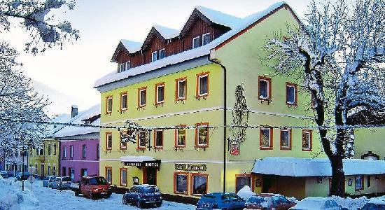 Obervellach, Østrig: Hotel Alpenhof - Haupthaus