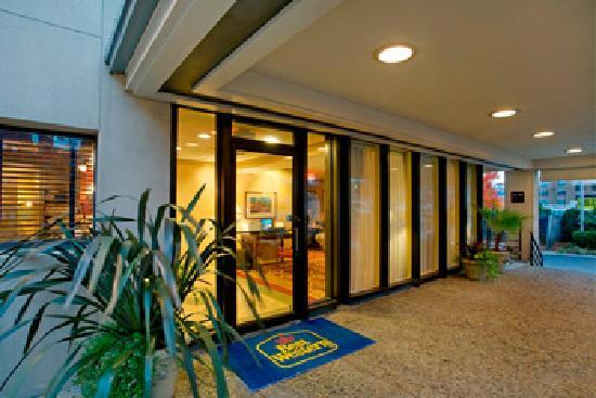 BEST WESTERN University Hotel Boston-Brighton: Hotel near Boston College