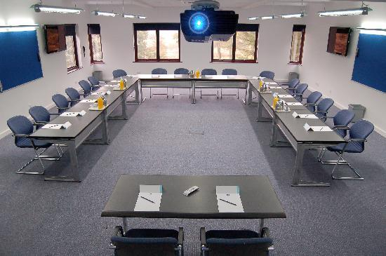 Lane End Conference Centre: Wycombe Hall Meeting Facilities