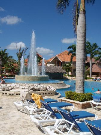 IFA Villas Bavaro Resort & Spa: main pool - center of Village section