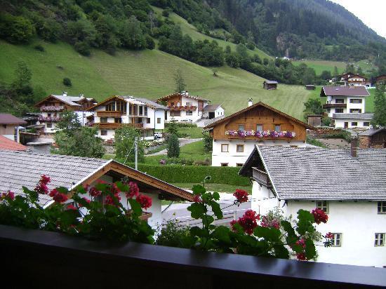 Alpenhotel Fernau: A view from the balcony