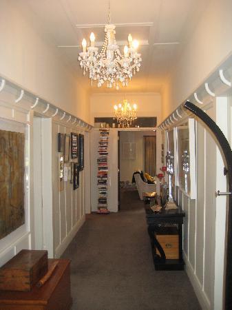 Waiorau Homestead: Entrance Hall