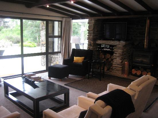 Waiorau Homestead: Lounge