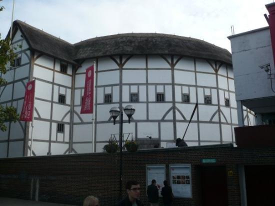 shakespeare resource center Although there are people who believe that shakespeare from stratford upon avon wrote the all of the dramas the existent shakespeare edward de vere really wrote them because he had the certificates to.