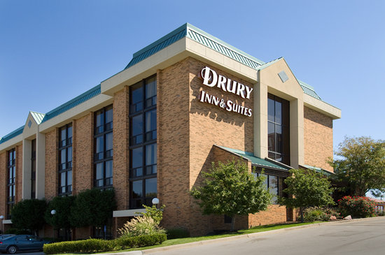 Drury Inn & Suites Kansas City Stadium: Exterior