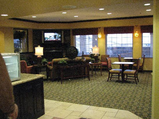 Pocatello, ID: Lobby/breakfast room