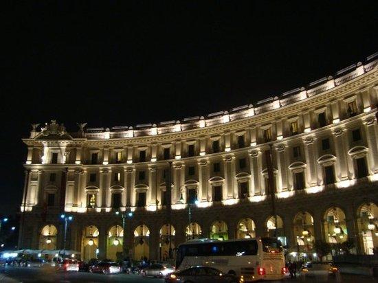 City Wonders : Roma de Noche! :)