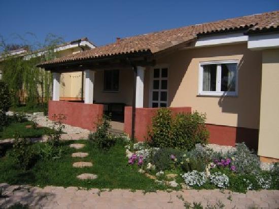 Apartments & Bungalows Lorena: bgw