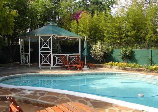 Villa ora bewertungen fotos preisvergleich oudtshoorn for Swimming pool preisvergleich