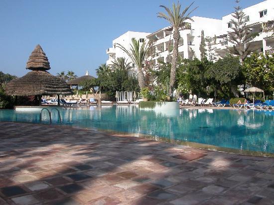 Hotel Riu Tikida Beach: vaste piscine