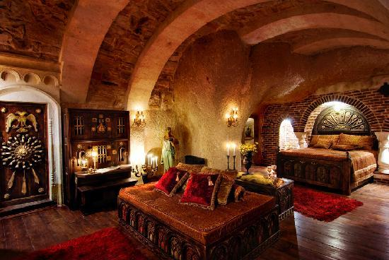 Sacred House: BYZANTIUM TREASURY
