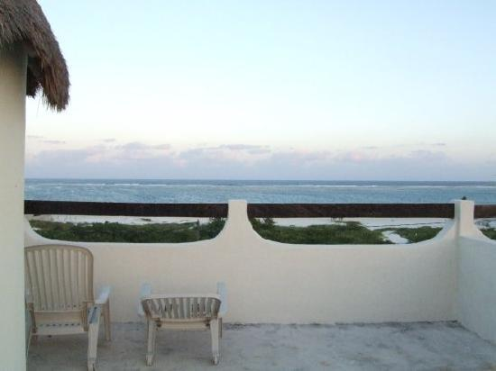 Cabanas Puerto Morelos: view from the roof if you get a second floor room