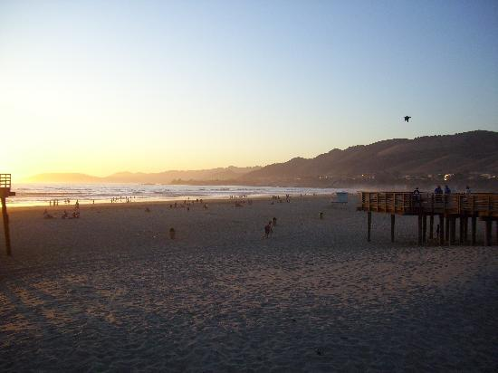 Pismo Lighthouse Suites: the beach