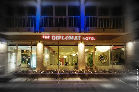 Diplomat Hotel Malta: hotel facade