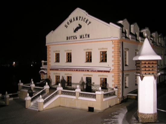 Romantic Hotel Mlyn Karlstejn: Really Romantic Hotel Mlyn