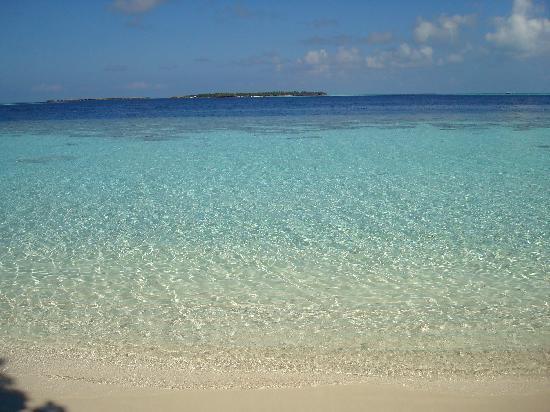Vilamendhoo Island Resort & Spa: la laguna