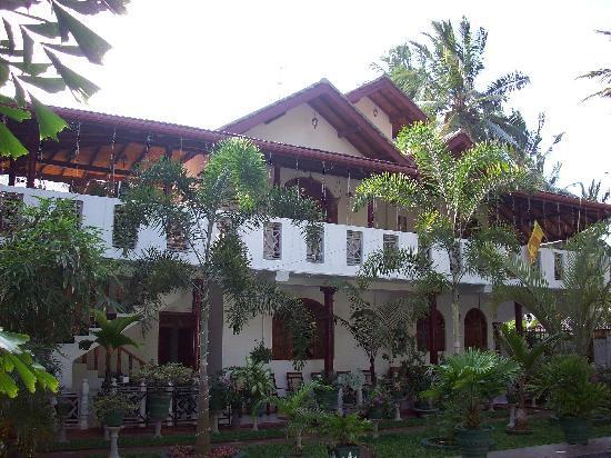 SANKAREST Villa: Sankarest: view from the pool