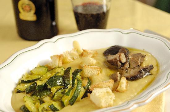 Terranima : Crema di ceci con zucchine e funghi cardoncelli