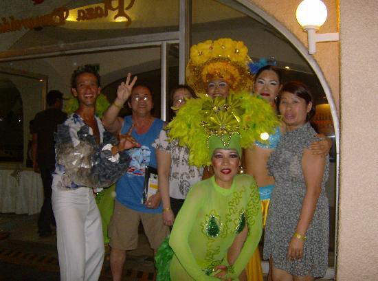 Tesoro Manzanillo: with dancer in adobe theater (tesoro hotel)