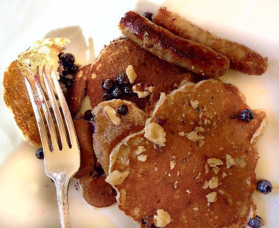 Pond House: Wonderful pancakes made with Spelt